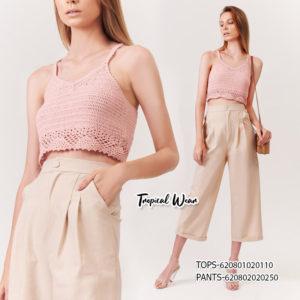 เสื้อถักสีชมพู