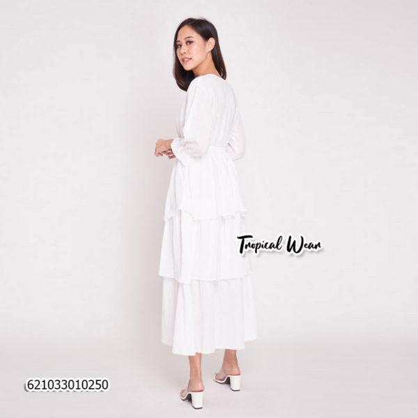 ชุดเดรสสีขาว